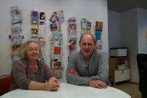 Ulrike Putz-Alb und Michael Glaser von der Hebebühne